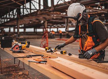 Hướng dẫn cách sử dụng keo silicon dán gỗ hiệu quả